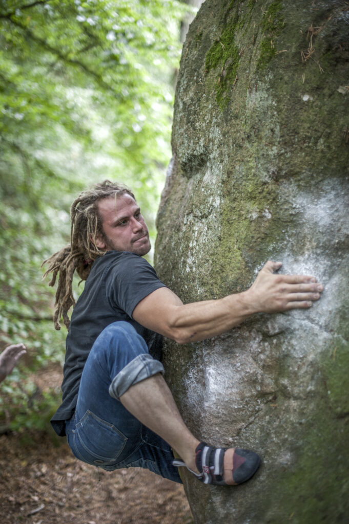 Photo: Erik Karlsson, Climber: Henrik Sundahl