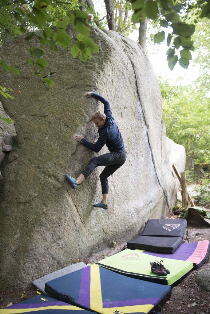 Photo: Erik Karlsson, Climber: Gustav Kamf