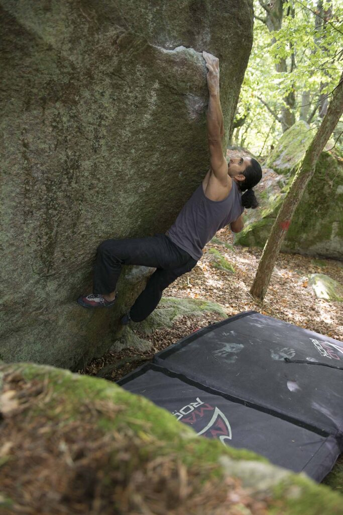 Photo: Erik Karlsson, Climber: Vahid Cro
