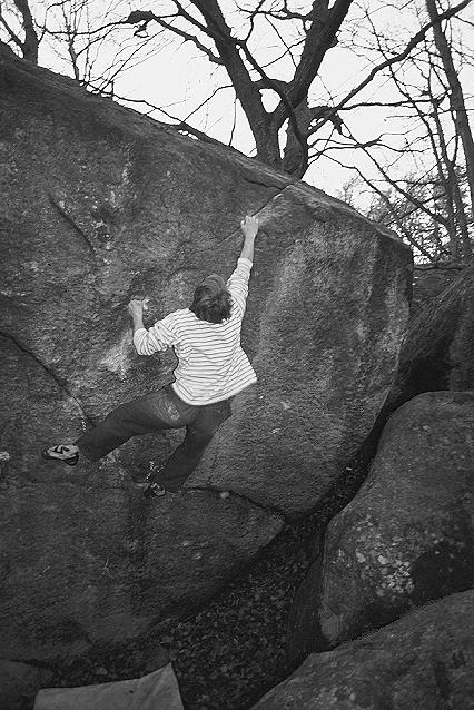 Photo: Harald Bohlin, Climber: Simon Jonegård