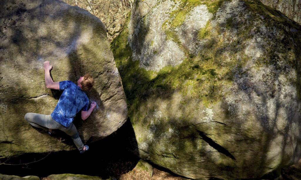 Photo: Petter Ulmert, Climber: Carl Nilsask
